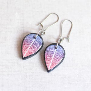 Double Sided Earrings Leaf lilac / black