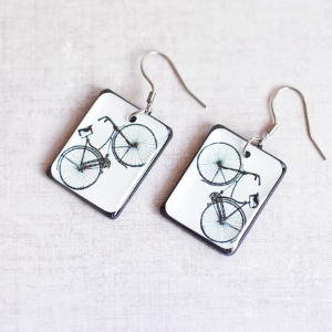 Earrings Bike white