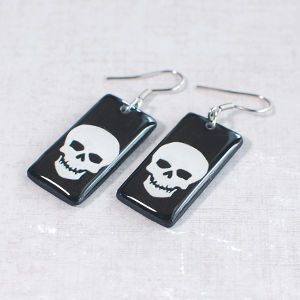 Earrings Skull 1 black