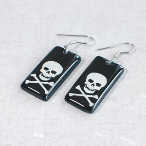 Earrings Skull 2 black