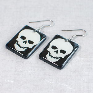 Earrings Skull 3 black